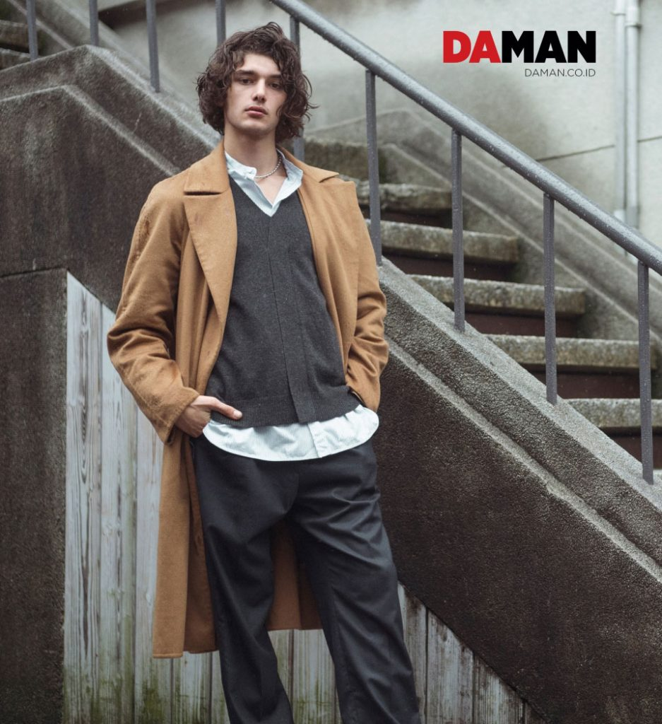 Autumn Ends 6 - Daman Regular