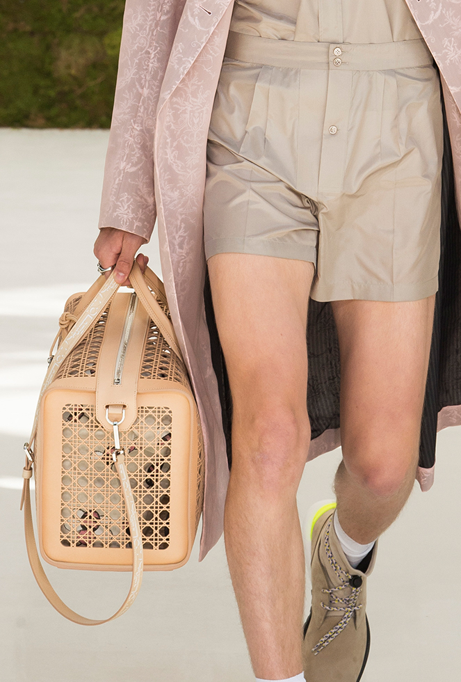 82e39e5d2b1 This is most particularly evident in this look. From the dusty pink coat to  the soft pleated shorts.