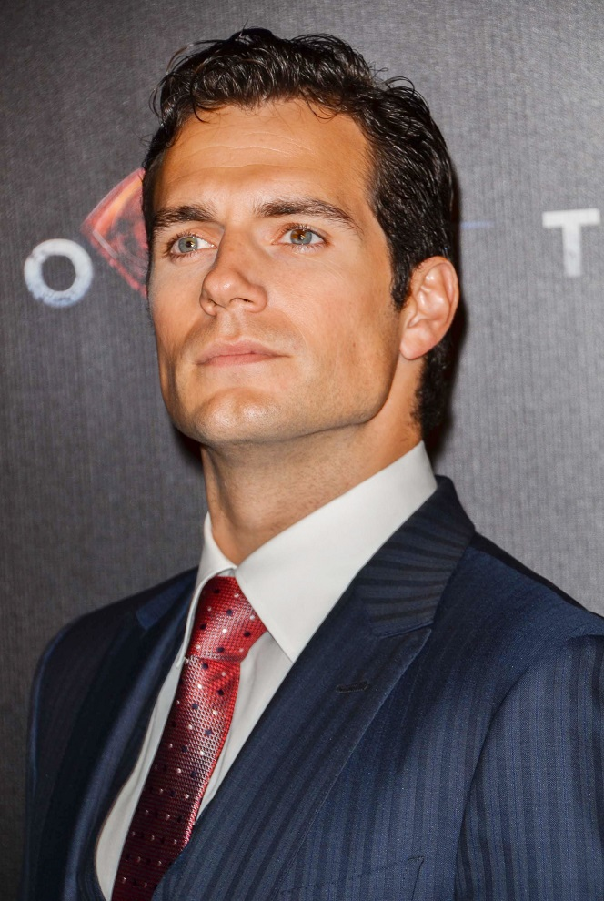 Steal Henry Cavill U0026 39 S Style How To Wear A Suit When You U0026 39 Re