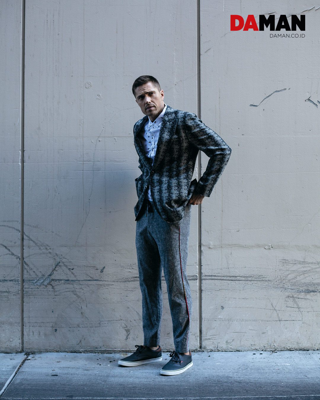 Blazer by William Kei, shirt by Soulstar, pants by Oren kash