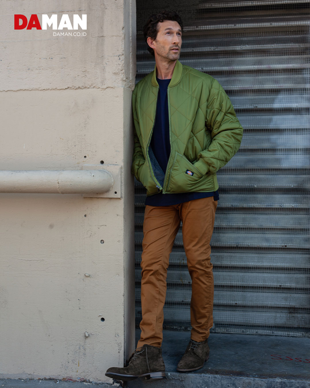 Jacket by dickies, t-shirt by y Jack, pants by dockers, shoes by Jean baptiste rautureau