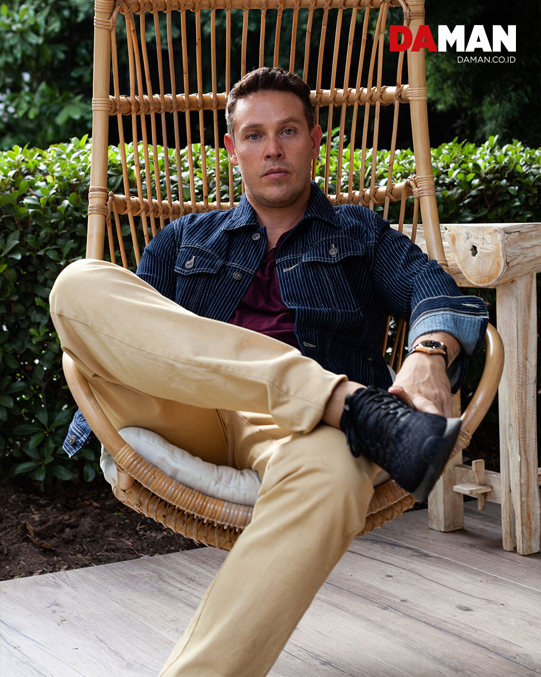 Jacket by AG Jeans; t-shirt by Zadig & Voltaire; pants by Rupert & Buckley; watch by Rolex 'Cellini'; shoes by Nike