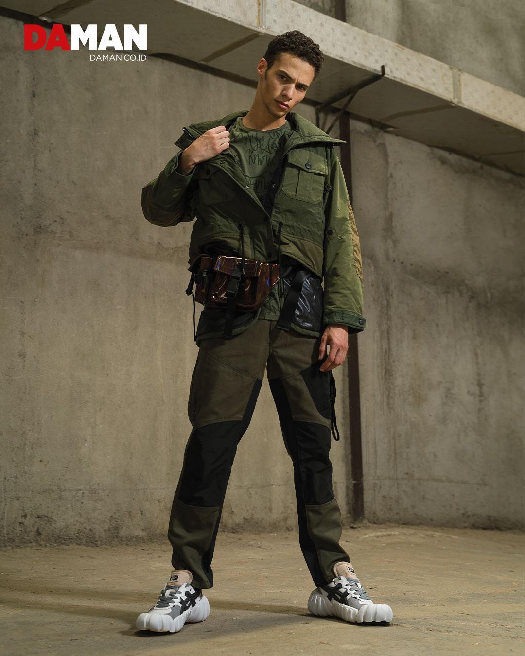 Military inspired jacket with detachable inner vest, cargo pants, DENTIGRE LS