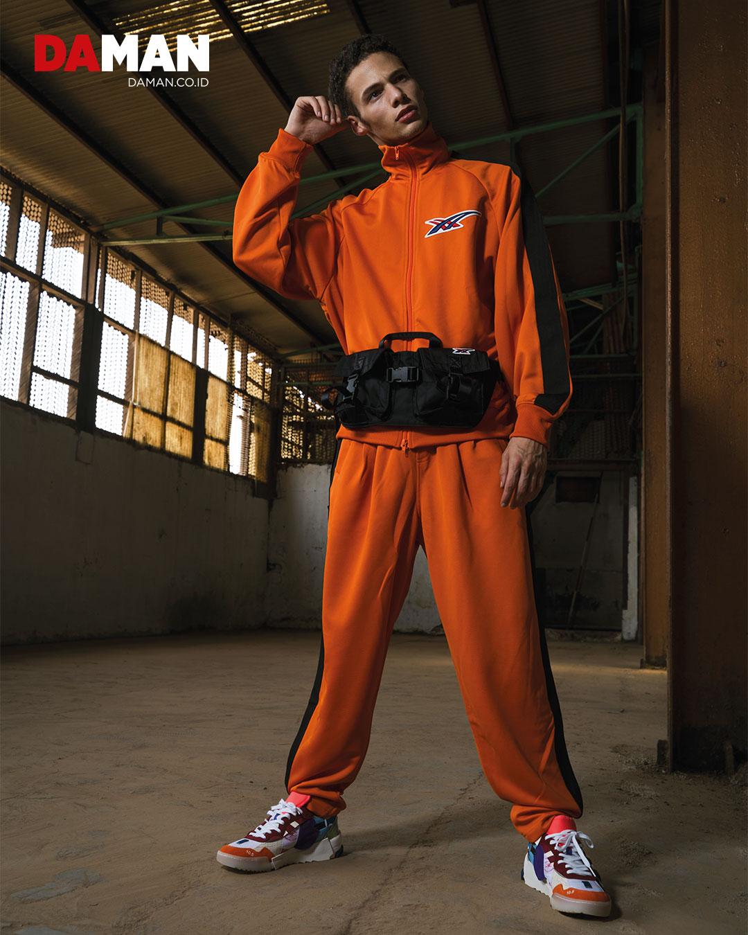 Track, top, pants Waist Pouch, Trainer D-BORO