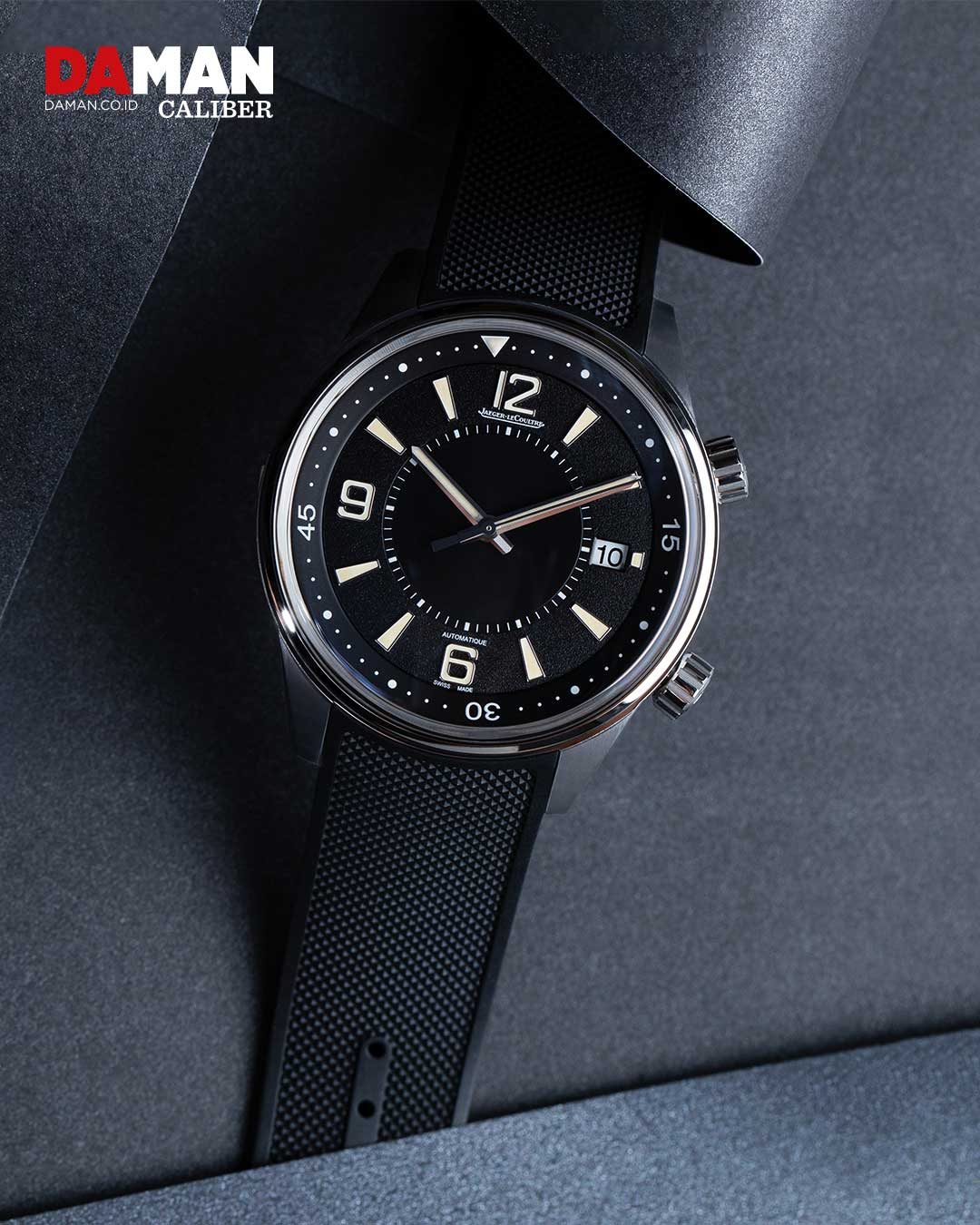 Jaeger-LeCoultre polaris date in stainless steel with black rubber strap